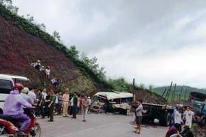 Tai nạn giao thông nghiêm trọng khiến 5 người thương vong
