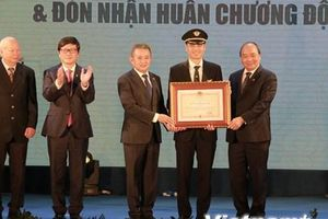 Thủ tướng mong muốn Vietnam Airlines sớm là hãng hàng không 5 sao