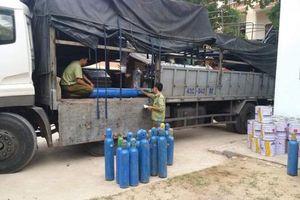 Bắt giữ lượng lớn hàng hóa nhập lậu ở Quảng Bình