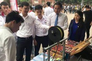 Ấn tượng với sản phẩm công nghệ của sinh viên Hà Nội
