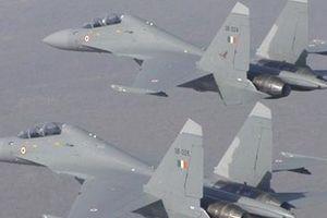Ấn Độ báo động khẩn, điều Su-30 chặn máy bay Gruzia đi lạc