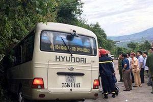Huế: Xe khách chở sinh viên nước ngoài gặp nạn trên núi Bạch Mã