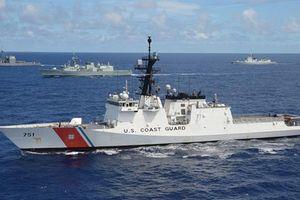 Tàu Mỹ vội bỏ đi khi bị Venezuela truy đuổi