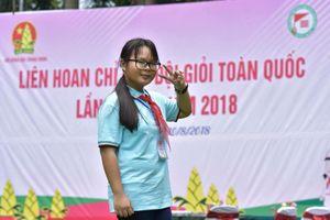 Cô học trò 'Siêu giải thưởng' của đất Sen Hồng