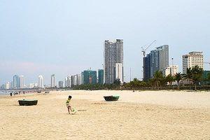 Đà Nẵng: Loạt nhà hàng, khách sạn biển xây vượt phòng, gây ô nhiễm