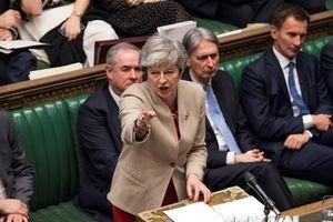 Nghị sỹ đảng Bảo thủ hối thúc Thủ tướng May nêu rõ thời gian từ chức