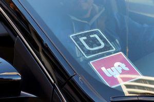 Uber và Lyft chi phối lĩnh vực đặt xe bằng ứng dụng tại Mỹ