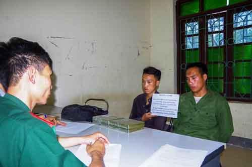 Điện Biên: Bắt giữ vụ vận chuyển 8 bánh heroin