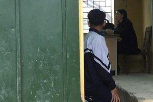 Hé lộ nhiều tình tiết bất ngờ vụ giáo viên phạt học sinh quỳ ở Hà Nội