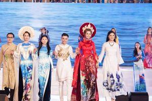 Nhật Dũng ra mắt BST 'Ký ức đại dương' tại Festival Biển Nha Trang