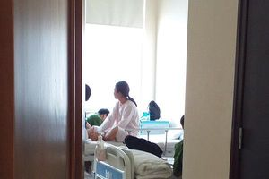 Sức khỏe các du khách nước ngoài gặp nạn trên núi Bạch Mã đã ổn định