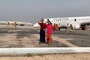 Thót tim máy bay Myanmar chở 82 người tiếp đất bằng mũi
