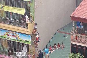 Chập ổ điện mầm non Gấu Trúc, người dân bắc thang đưa trẻ ra ngoài: Trường có đầy đủ giấy phép