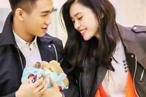 Rộ tin con trai vua sòng bạc Macau cầu hôn nữ hoàng nội y Hề Mộng Dao