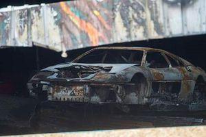 Loạt xe ôtô hàng hiếm trị giá 1.400 tỷ đồng cháy rụi