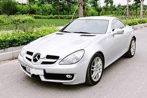 Mui trần hạng sang Mercedes-Benz SLK chỉ 800 triệu ở Hà Nội