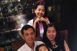 Mới chỉ 5 tuổi, con gái Mai Phương đã vô cùng tinh tế trong Ngày của mẹ