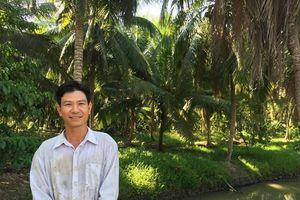 Thạc sỹ bỏ việc nhà nước về làm giàu kiểu con tôm 'đòi ôm' cây dừa