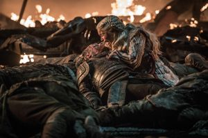 Kết cục của 'mẹ rồng' Daenerys Targaryen: Thất bại đau đớn nhất là khi gần chạm tới thành công