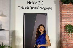 HMD Global ra mắt Nokia 3.2 tại Việt Nam