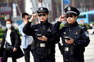 Startup làm kính thông minh cho cảnh sát Trung Quốc