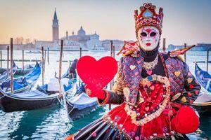 Tới Venice, lênh đênh trên thuyền Gondola nghe tình ca Italy