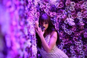 Hoa hậu Phạm Hương khác lạ khó nhận ra trong bộ hình mới