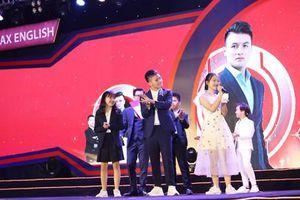 Cầu thủ Quang Hải giao lưu cùng 400 học sinh