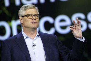 Đạt thỏa thuận 'đình chiến' với Apple, sếp Qualcomm được thưởng lớn