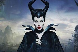 Angelina Jolie đầy quyến rũ và ma mị trong 'Maleficent 2'
