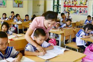 Các trường Tiểu học có thể bổ sung giáo viên Tiếng Anh và Tin học
