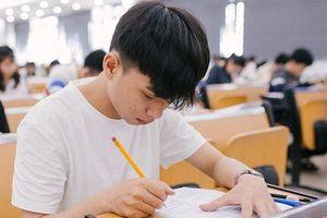 Tuyển sinh 2019: Đề thi vào ĐH FPT yêu cầu thí sinh bàn luận về cách học ngoại ngữ