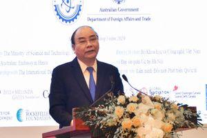 Thủ tướng Nguyễn Xuân Phúc: Con người phải là trung tâm của sáng tạo