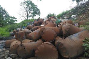 Làm rõ chủ nguồn thải trên Đại lộ Thăng Long