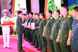 Vinh danh cán bộ khoa học trẻ trong quân đội