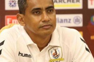 HLV Singapore nói gì sau khi bị mất người, thua trắng Hà Nội FC?