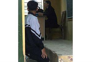 Phạt quỳ - vì sao giáo viên bất lực trước học trò?