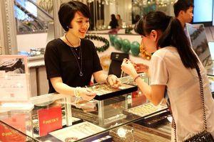 Giá vàng hôm nay 15/5: Đồng USD tăng mạnh, giá vàng giảm nhẹ