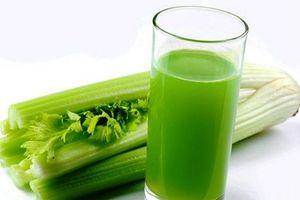 Cách làm nước ép cần tây đơn giản nhất để giảm béo, phòng bệnh
