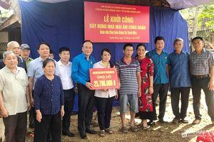 Nhiều hoạt động thiết thực hỗ trợ người nghèo trong 'Tháng Nhân đạo'