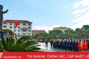 Hà Tĩnh trang trọng tổ chức lễ báo công với Bác Hồ
