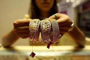 Giá vàng trên thị trường thế giới rời khỏi mức cao nhất