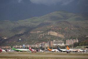 Dù không có dịch vụ, Mỹ vẫn ngừng mọi chuyến bay tới Venezuela
