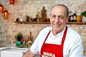 Khuân bàn hàn gắn tình cảm và thưởng thức món ăn Ý miễn phí