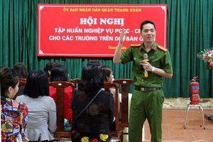 Phòng cháy, chữa cháy trong trường học tại quận Thanh Xuân: Nâng kỹ năng xử lý tình huống