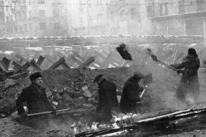 Điện Kremlin 'tàng hình' tránh bom hủy diệt của phát xít Đức như thế nào?
