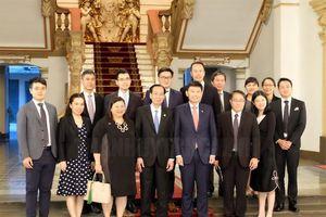 TPHCM và Singapore còn nhiều tiềm năng hợp tác
