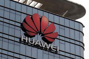 Tổng thống Trump ký sắc lệnh mở đường cấm cửa Huawei