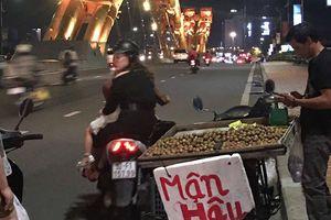 Hàng rong tái diễn trên cầu Rồng, Đà Nẵng