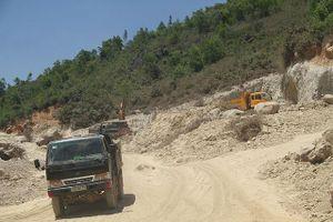 Phạt doanh nghiệp đào núi trái phép 50 triệu đồng